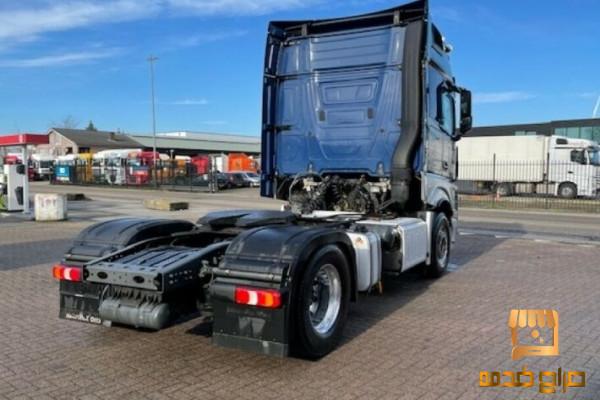 شاحنة مرسيدس اكتروس للبيع